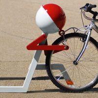 PITSTOP support vélo enfant design, range vélo & range casque, éduco-ludique