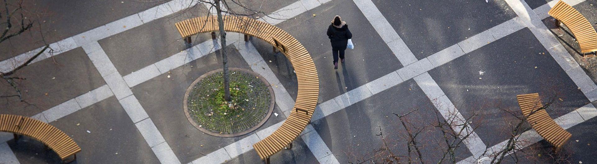 PARIS place des Fêtes, Banc banquette bois COBRA de METALCO Design élégant, Banc public Modulaire