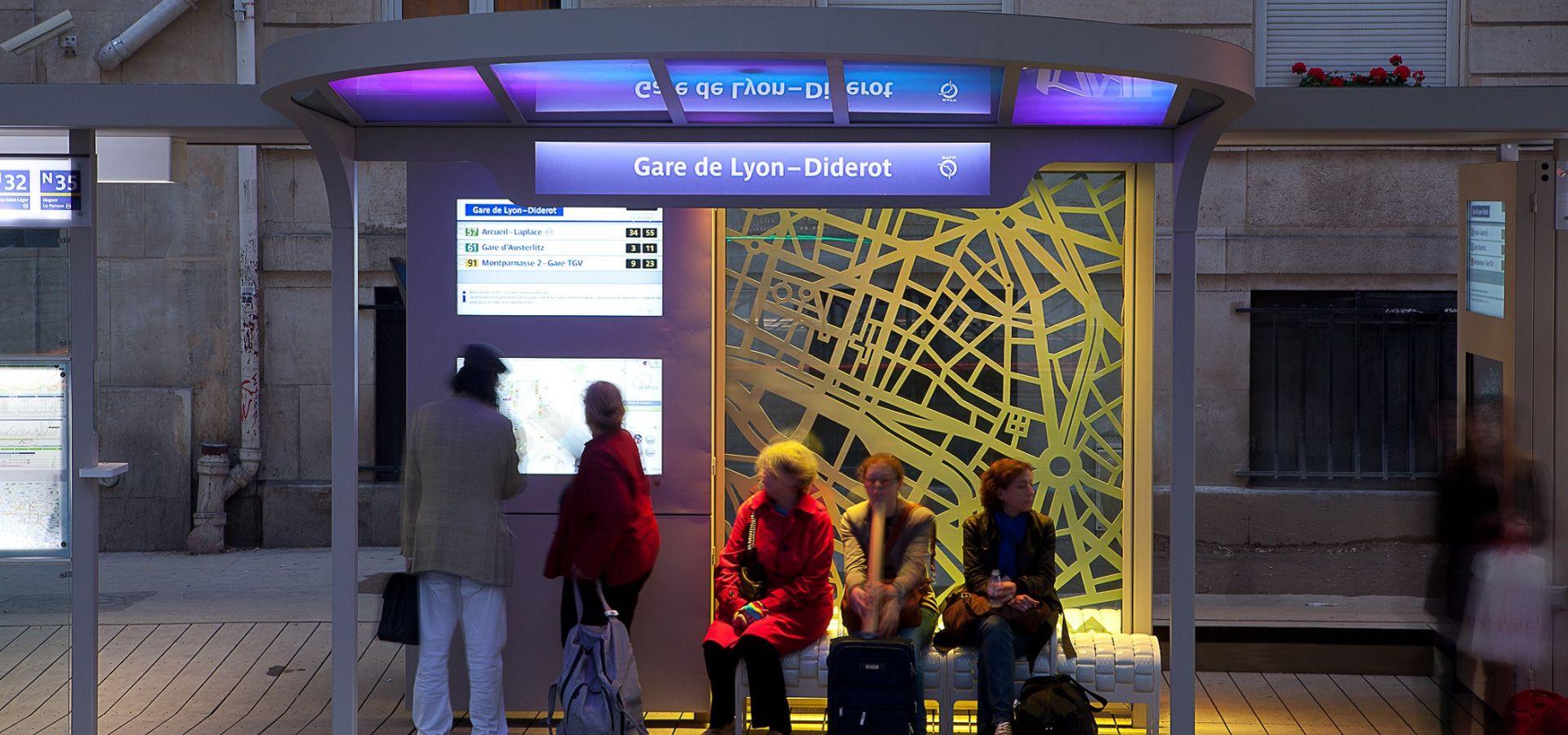 PARIS - Station de bus du futur - OSMOSE