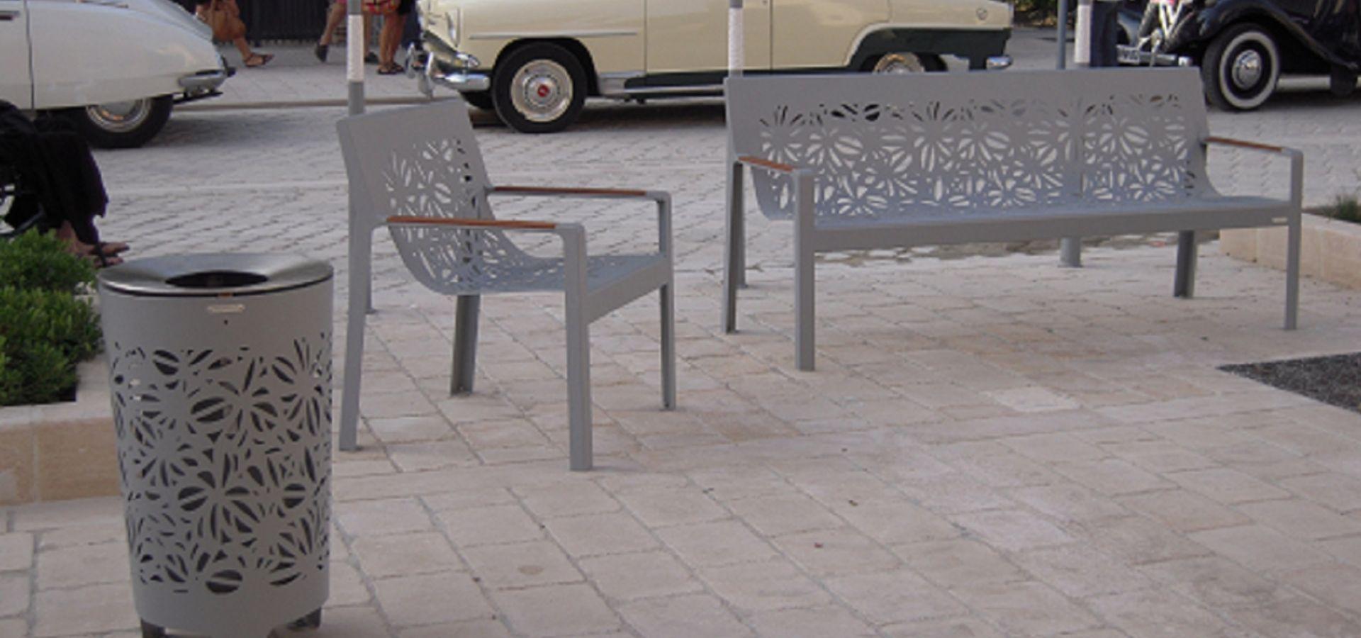 Hyeres les Palmiers mobilier urbain metalco Banc jardinière SITA