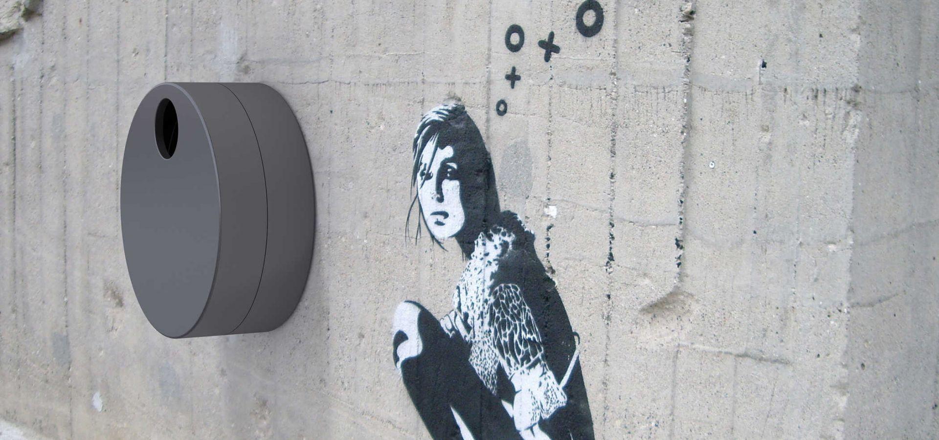 FLOM Corbeille de ville en acier / poubelle murale
