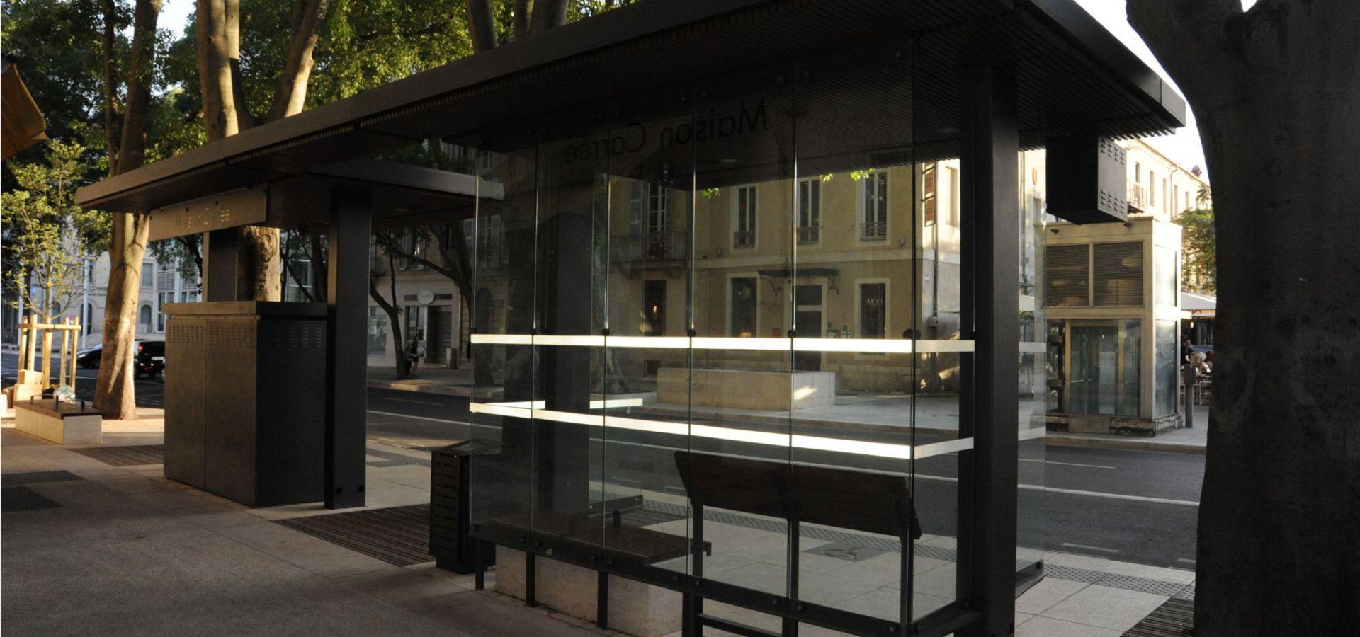 BHNS NIMES abris voyageurs, abri bus METALCO fabricant mobilier urbain design