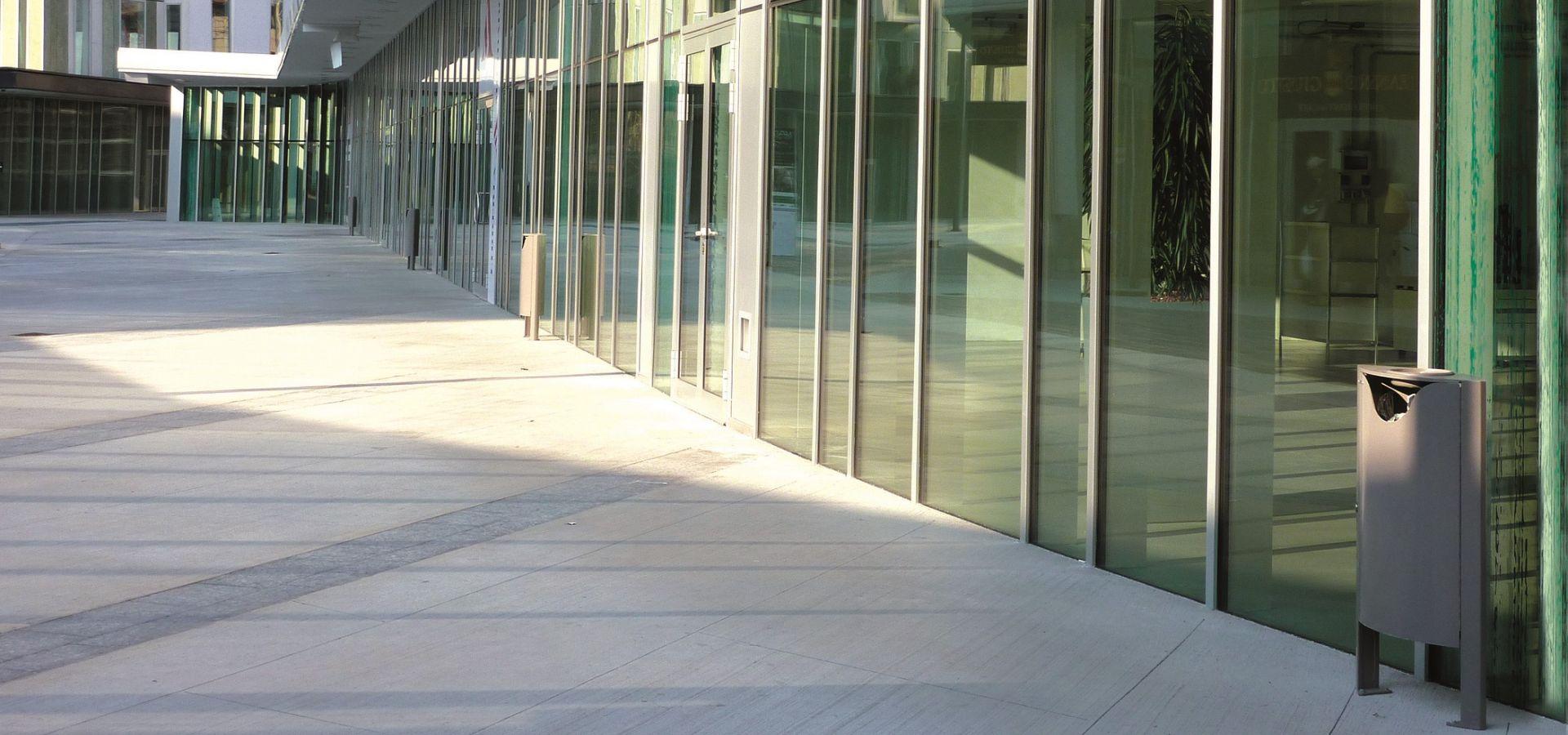 LANCILLOTTO Corbeille Mobilier Urbain acier corten inox cendrier Mobilier de Collectivité Centres Commerciaux Fabricant METALCO